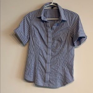 Ann Taylor short sleeve shirt